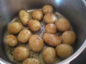 Dorando patatas nuevas