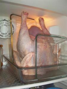 Pollo vertical en el frigorífico