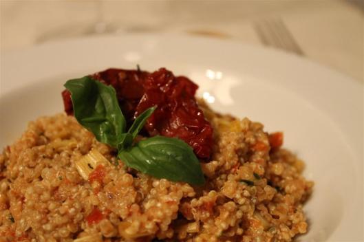 Quinua con pesto de tomates secos