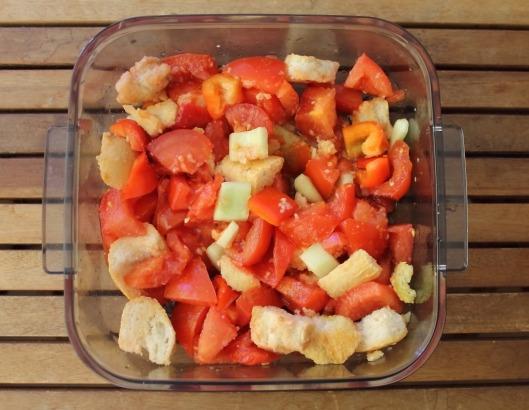 Maceración de los ingredientes del gazpacho